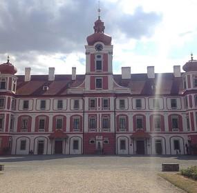 zamek_mnichovo_4